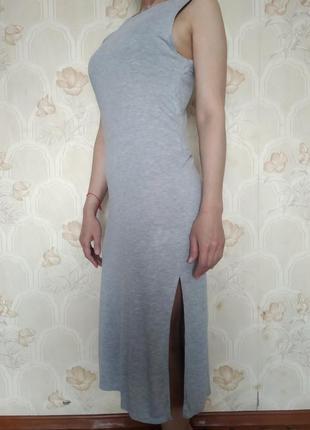 Трикотажное платье без рукавов бренд h&m basic