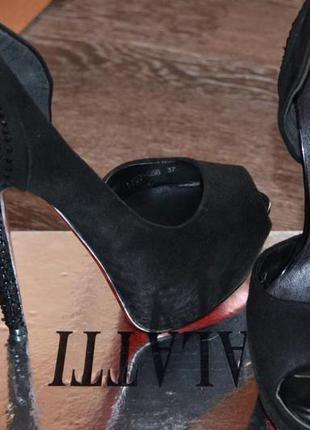 Туфельки открытые