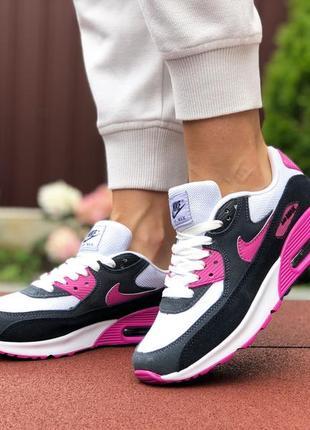 Модные женские кроссовки nike