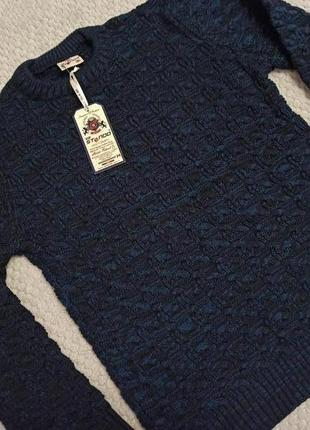 Новый тёплый качественный свитер, м
