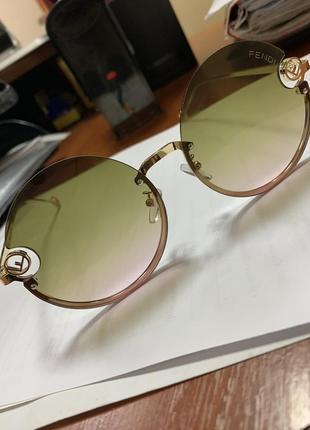 Супер модные, круглые очки