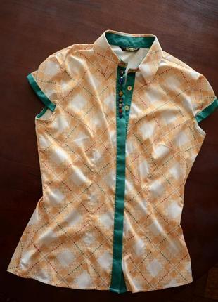 Блузка з воротником