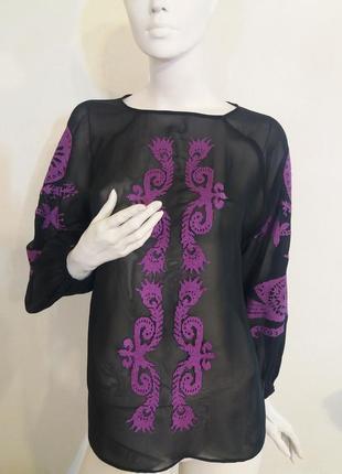 Блуза шифоновая с вышивкой крестиком