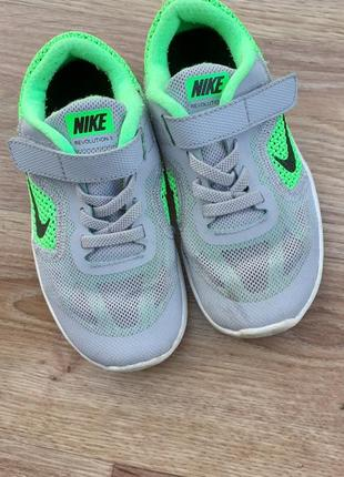 Оригінальні літні кросівки nike 27p.