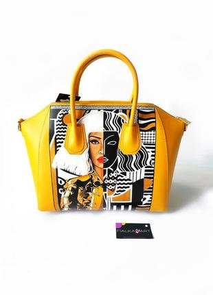 Дизайнерская кожаная сумка с ручной росписью