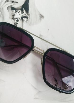 Солнцезащитные очки тони старка фиолетовый в серебре