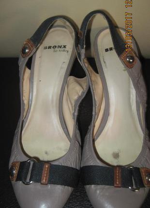 Туфли bronx с открытой пяткой кожа 39 р