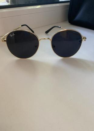 Очки ray ban/ солнцезащитные очки/очки на лето/чёрные очки