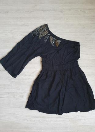 Черное платье на одно плечо с вышивкой. летнее хлопковое платье