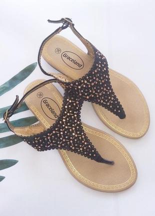 Босоножки сандалии вьетнамки