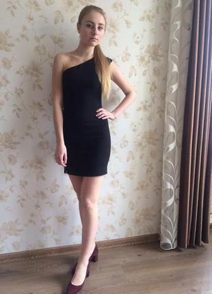 Платье черное ассиметричное zara