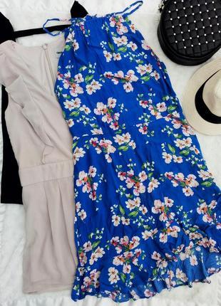 Платье сарафан в цветочный принт с юбкой рюшами оборками на запах