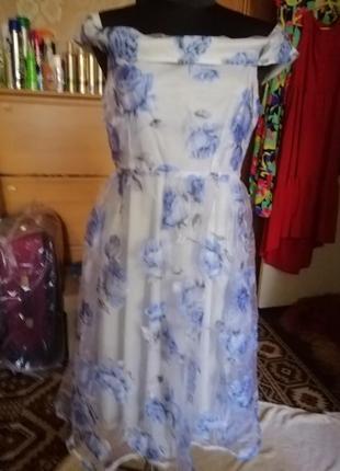 Boohoo романтическое платье.