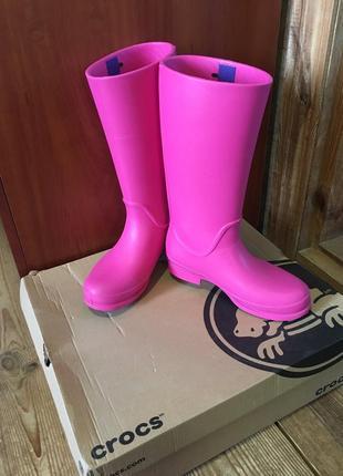 Срочно!резиновые сапоги розовые длинные crocs пенка эва оригинал