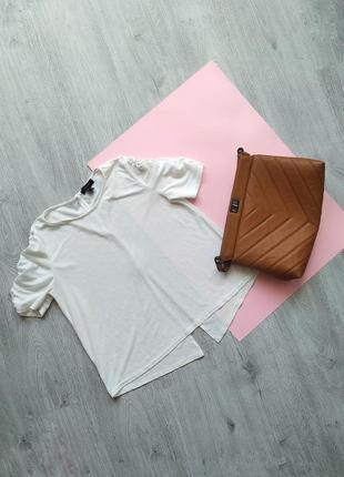Блуза с объемными рукавами фонариками / топ /футболка с разрезом на спине
