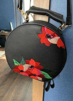 Zara маленькая сумка