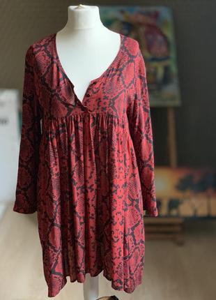 Модный принт платье легкое приятное