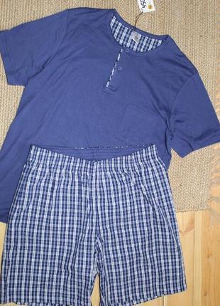 Костюм домашний футболка и шорты размер 50