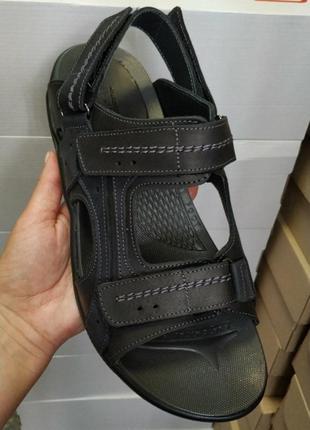 Кожаные сандали,размер 44,качество шикарное.