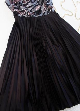 Платье с юбкой плиссе и пайетками f&f