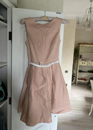 Платье почти новое trg