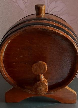 Бочонок деревянный для напитков на 1.5л