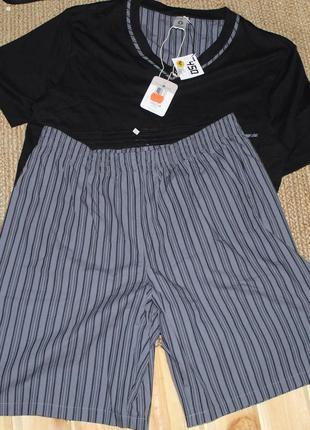 Костюм футболка ламинированный хлопок  и шорты  размер 52