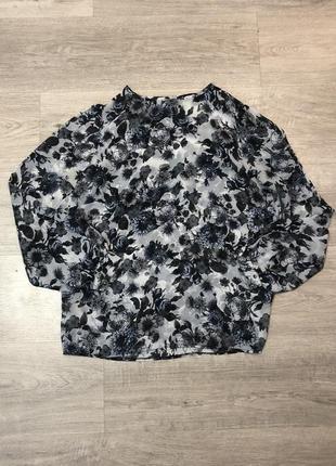 Блузка рубашка принт цветы белая голубая лёгкая летняя прозрачная классическая