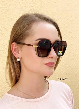 Стильные коричневые солнцезащитные очки линза polarized к.12147