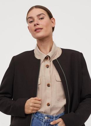 Очень красивое чернок пальто h&m демисезон. 18 р. новое!