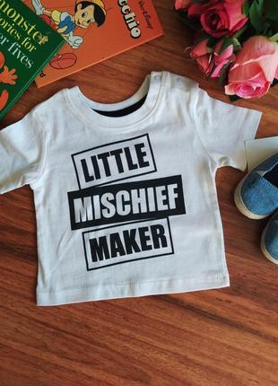 Стильная трикотажная футболка primark на 3 месяца.