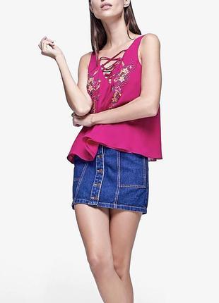 Розовая блуза с вышивкой  и шнуровкой