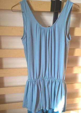 Нежное летнее платье divided с открытой спиной