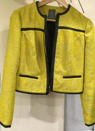 Обалденный жакет , пиджак . кожаные вставки .