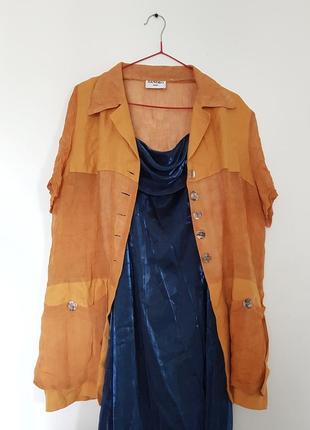 Очень крутая льняная рубашка с накладными карманами sandro
