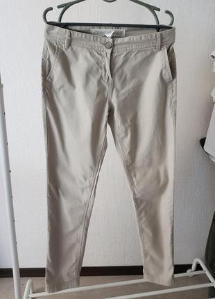 Брюки летние бежевые next спортивные штаны джинсы бананы слоучи