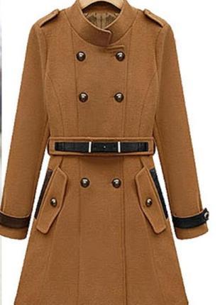 Красивенное двубортное пальто