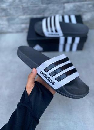 Adidas тапочки в черном цвете (36-46)