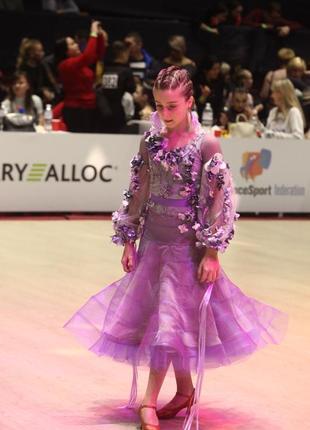 Платье стандарт ,спортивно- бальное
