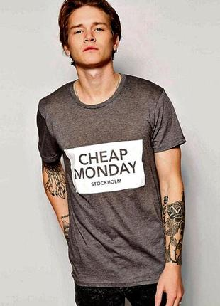 Шикарная футболка cheap monday