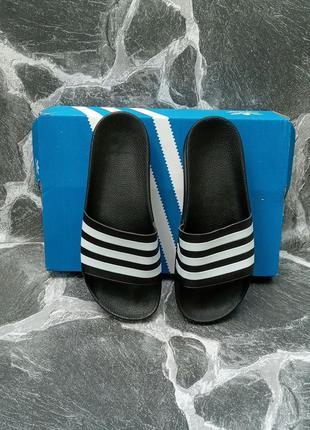 Модные шлепки adidas classic черные,летние,шлепанцы