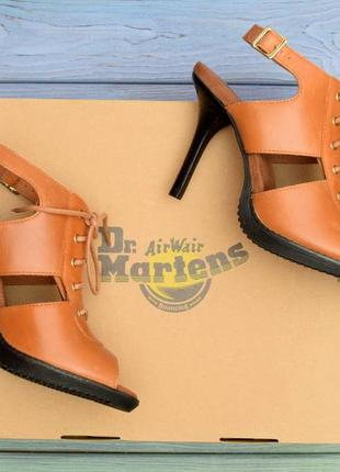Фирменные из натуральной кожи босоножки dr.martens.