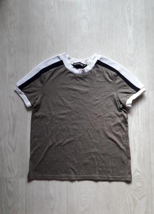 Крутая футболка с полосками лампасами prettylittlethings s