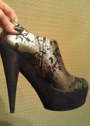 Натуральные ботинки, ботиночки, ботильйоны colin stuart!!