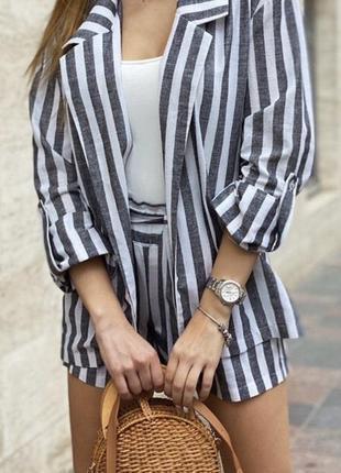 Костюм пиджак и шорты из льна
