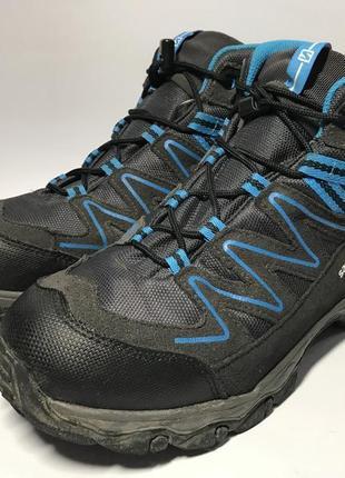 Женские треккинговые мембранные ботинки salomon