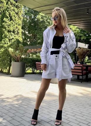 Джинсовый костюм белый