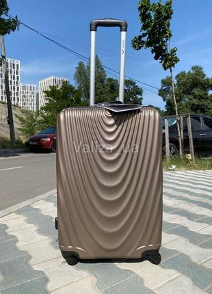 Качество! средний пластиковый чемодан из поликарбоната / середня валіза пластикова