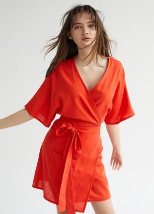 Очаровательное льняное платье кимоно мини на запах