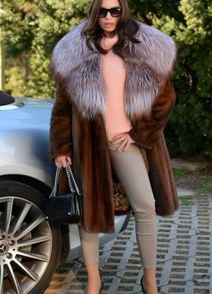 Норковая шуба пальто манто с шикарным капюшоном из меха финской чернобурки италия